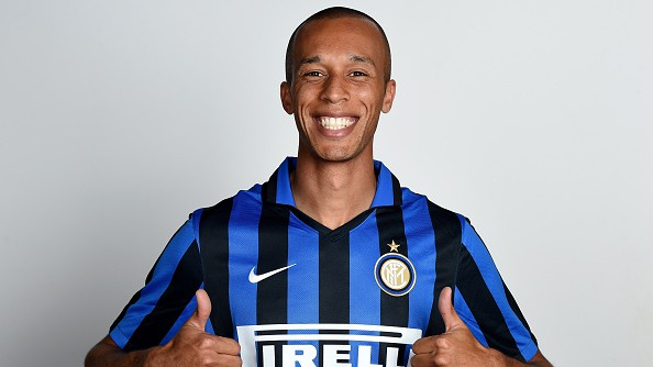 482628312-miranda-of-fc-internazionale-poses-for-his-gettyimages-e1438683185803.jpg